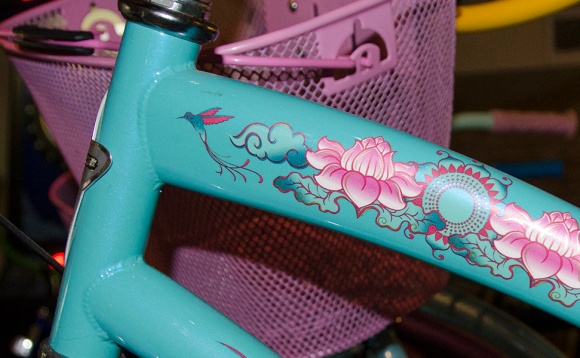 Michelle's cheery yoga-themed Electra bike